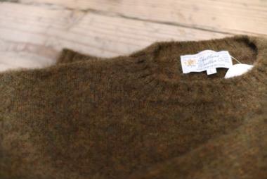 冬に備え、 / Shetland Woolen Co.